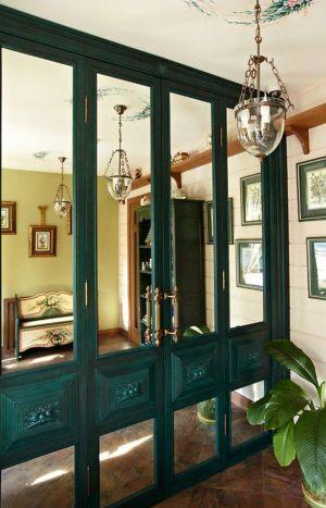 Распашные двери филенкой и декоративными накладками Норильск